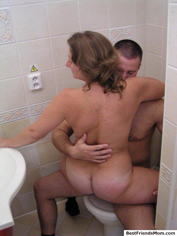 shower sex Friends hot mom