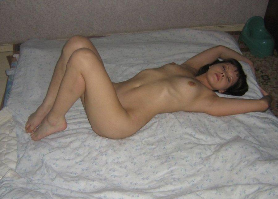 milf on Amateur bed nude
