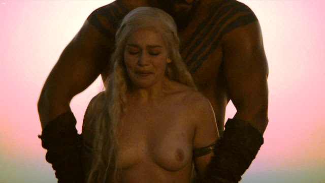daenerys Emilia nude clarke targaryen