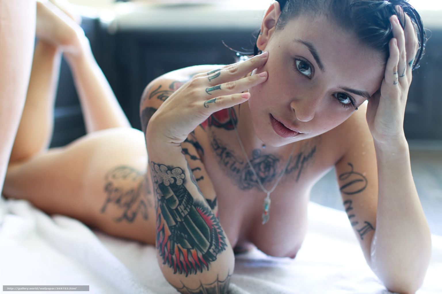 tattoos with nude Hot girls