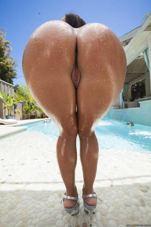 heart shaped asses Big