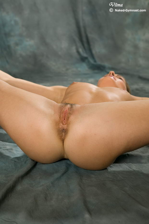 sex girls Nude contortionist