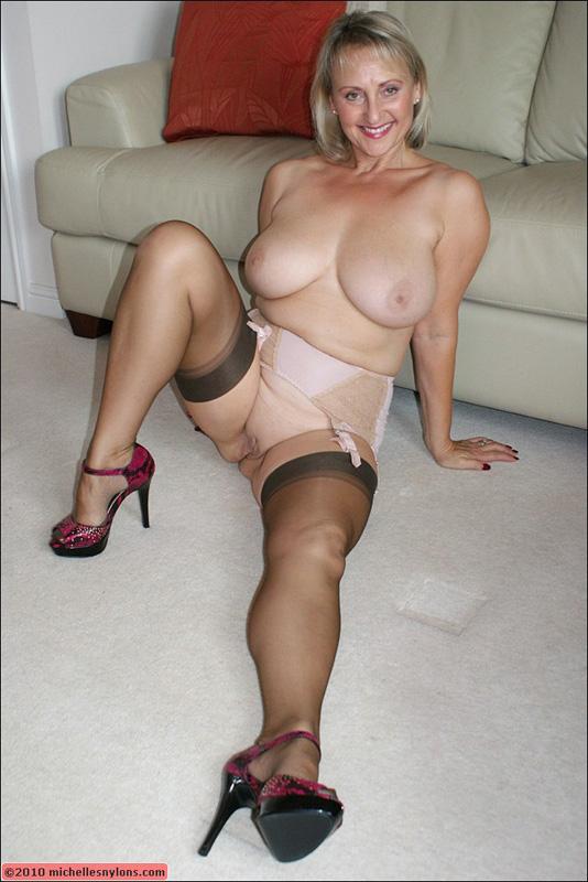 Reife Babes in Nacktbildern — foto 3