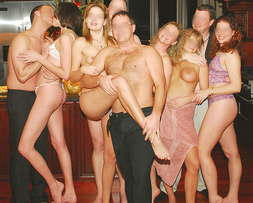naked party Nude couples
