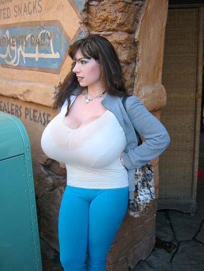 cum bra Big tits
