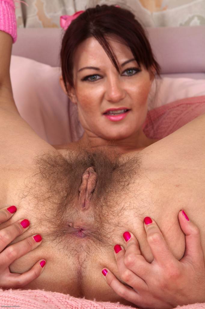 girl vagina spread Naked