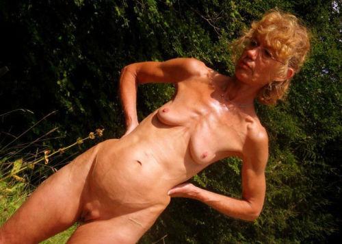 pussy Skinny oma