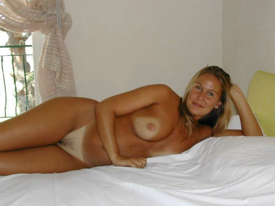 milf naked Real amateur