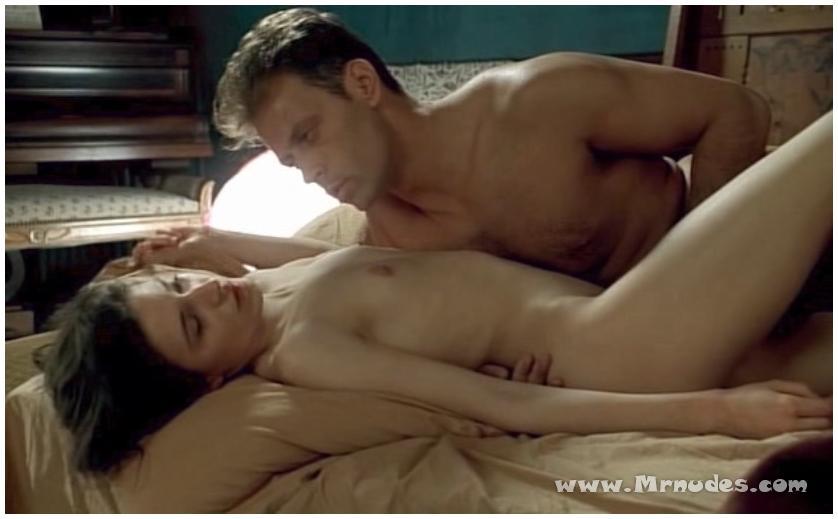 nude Caroline ducey