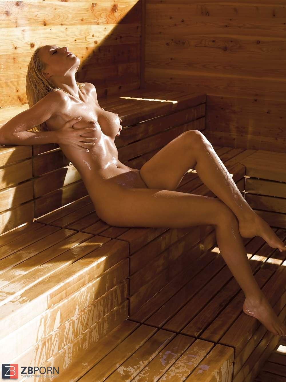 nude Alena gerber