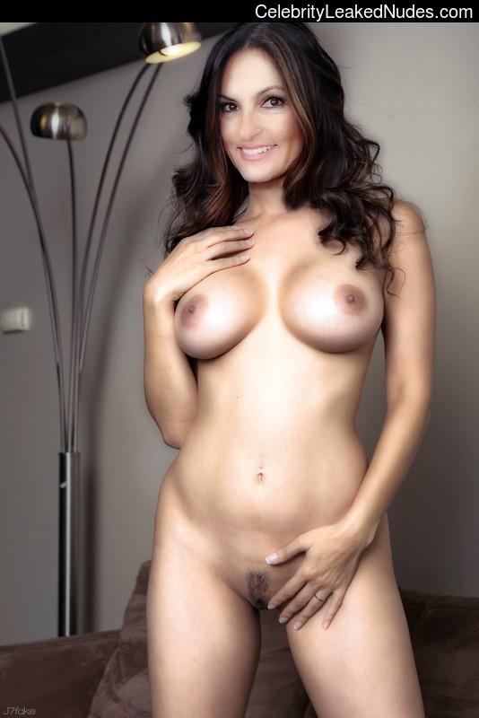 hargitay nude gallery xxx Mariska