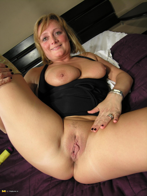 chubby big tits hairy pussy new images