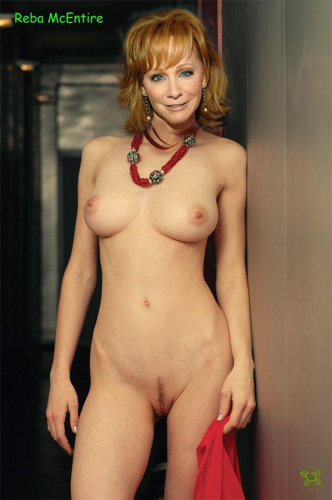 mcentire tits reba Nude