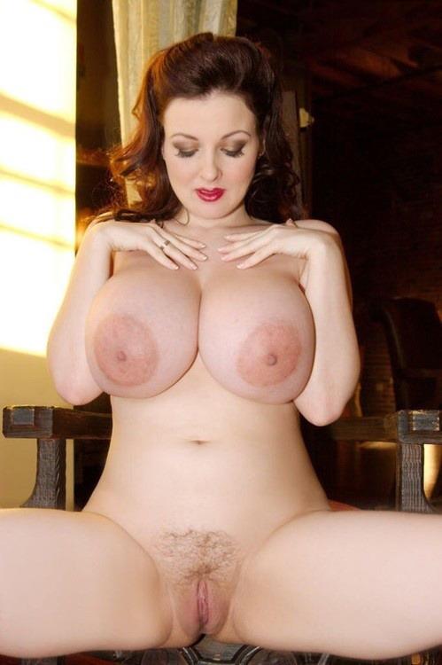 women big nude breasts Full figured