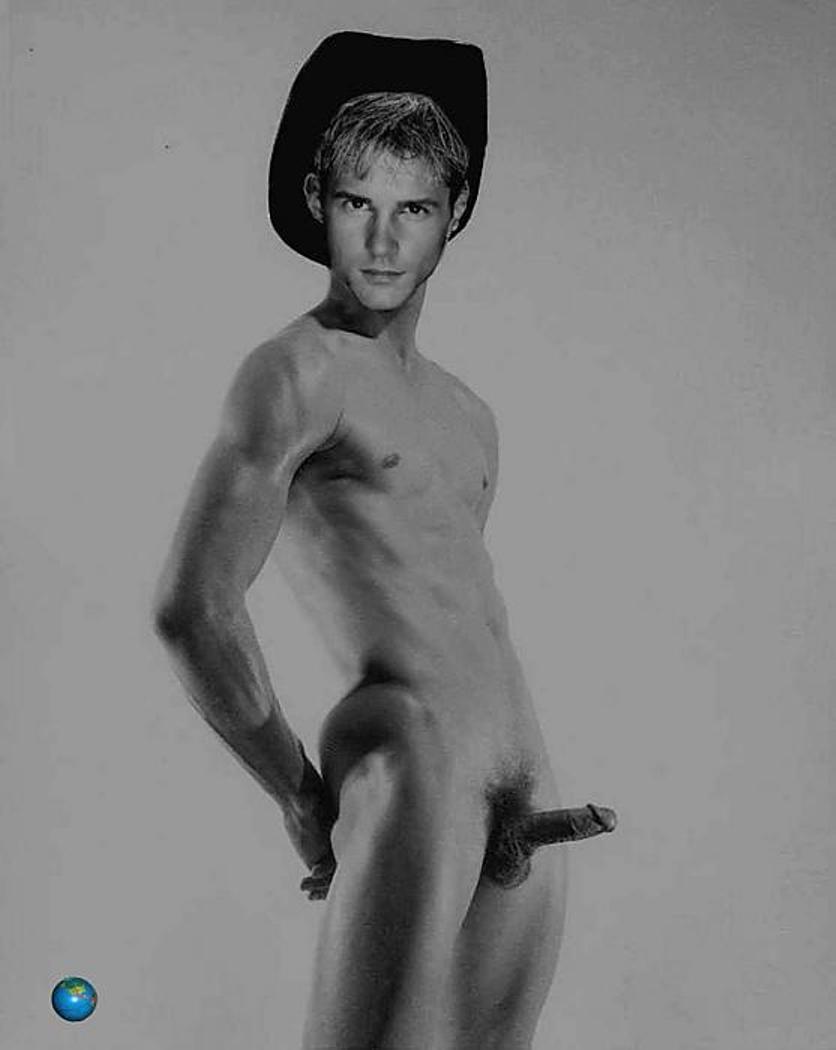 naked Aaron king